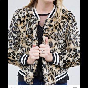 BB Dakota Fur Leopard Jacket
